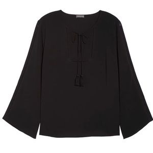 Vince Camuto Bell Sleeve Ladder stitch top 8889A